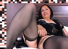 latina mature solo